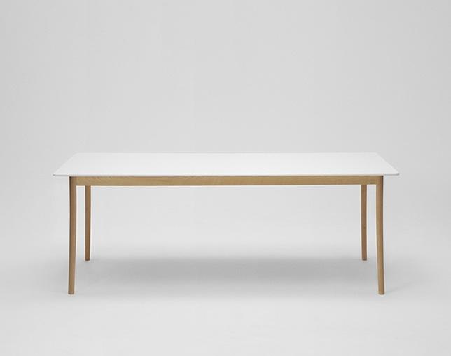 maruni(マルニ)のダイニングテーブル