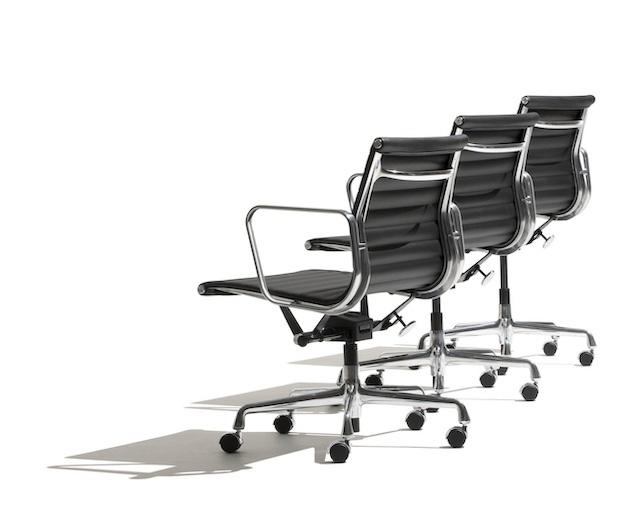 ハーマンミラー(Herman Miller) Eames Aluminum Group Management Chair キャスターのメイン写真