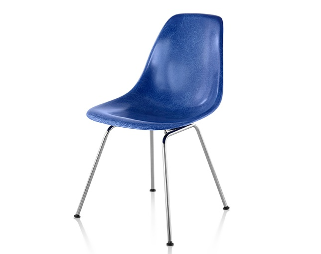 Herman Miller Eames Molded Fiberglass Side Chair 4-Leg Baseのメイン写真