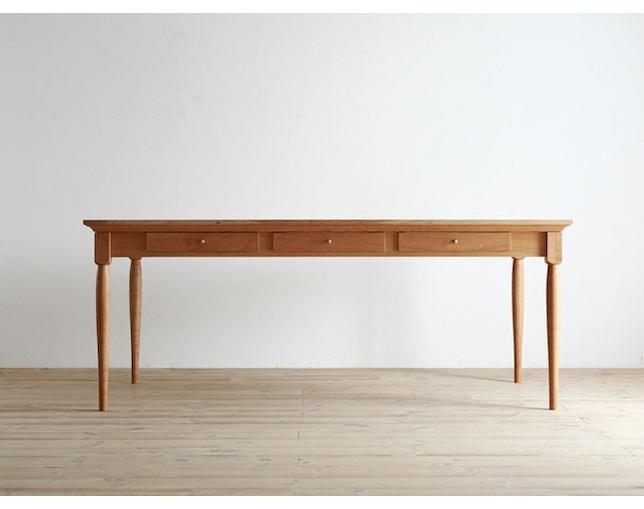 広松木工(ヒロマツモッコウ)のダイニングテーブル