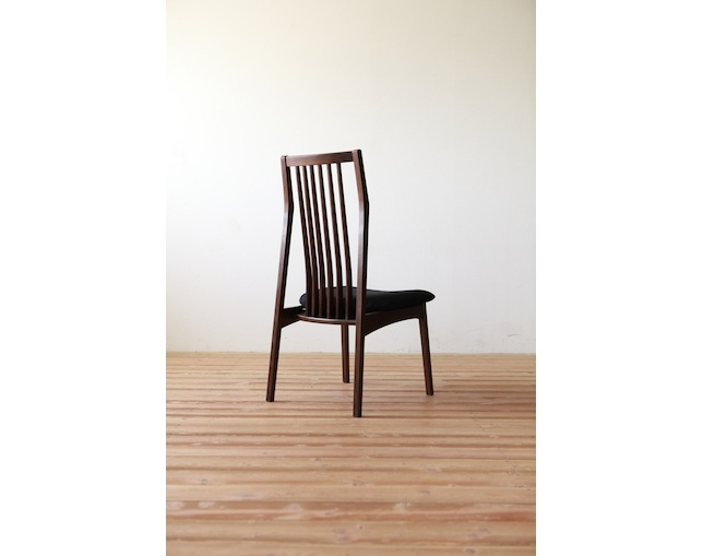 MARUSHO MORBIDO Side Chairの写真