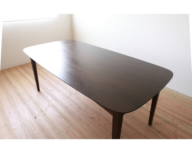 MARUSHO MORBIDO Dining Table Bのメイン写真