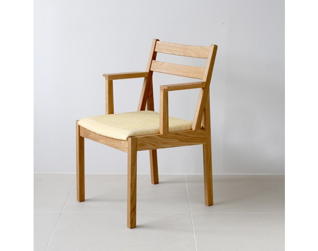 カーフ(karf) Tolime+ Short Arm Chairの写真
