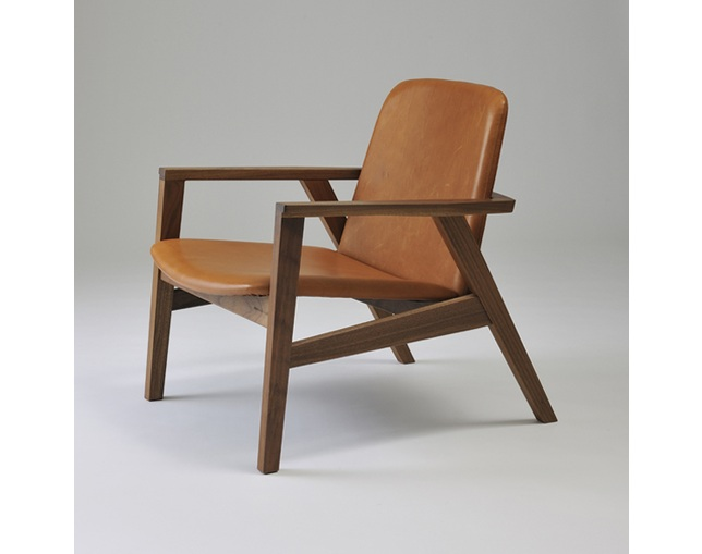 カーフ(karf) Ann Lounge chair / Walnutの写真