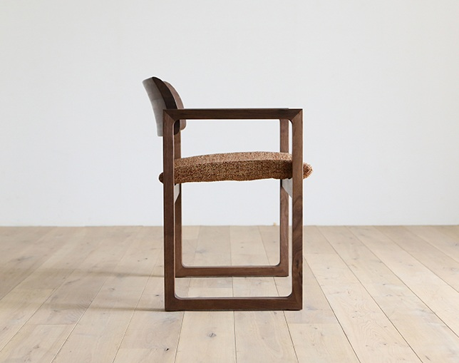 HIRASHIMA BISCOTTE Arm Chairのメイン写真