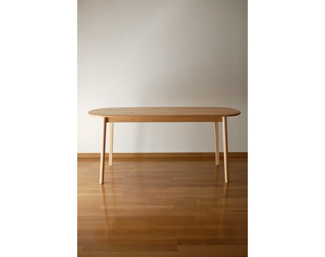 KENRIKI Oval Dining Tableのメイン写真