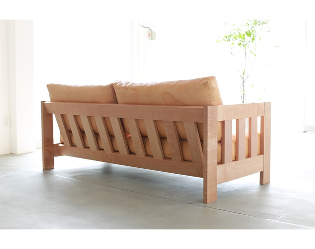 SERVE Wood frame sofa type 05のメイン写真