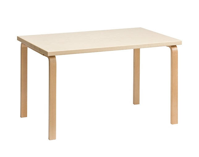 Artek(アルテック)のダイニングテーブル