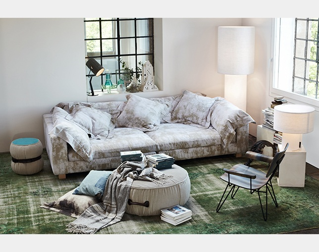 DIESEL LIVING NEBULA NINE SOFAの写真