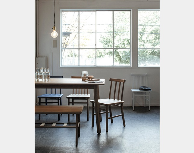 SIEVE(シーヴ) merge dining benchの写真