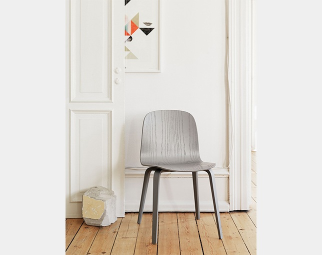 muuto VISU CHAIR Wood baseの写真
