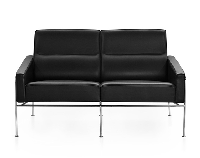 Fritz Hansen SERIES 3300(2-seater sofa)のメイン写真