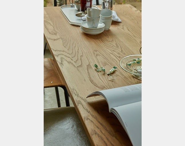 niko and ... FURNITURE & SUPPLY WHITE OAK DINING TABLEのメイン写真
