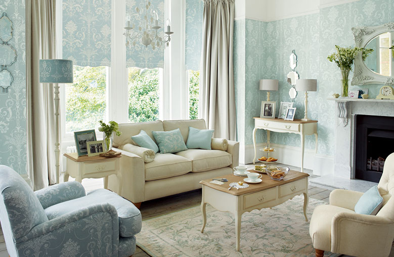 LAURA ASHLEYの写真