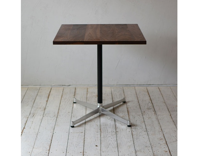 グリニッチ(greeniche) greeniche original table (walnut) w 900×d700.の写真
