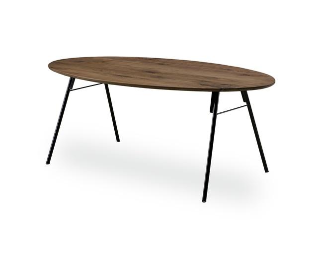 NIPPONAIRE(ニッポネア)のダイニングテーブル