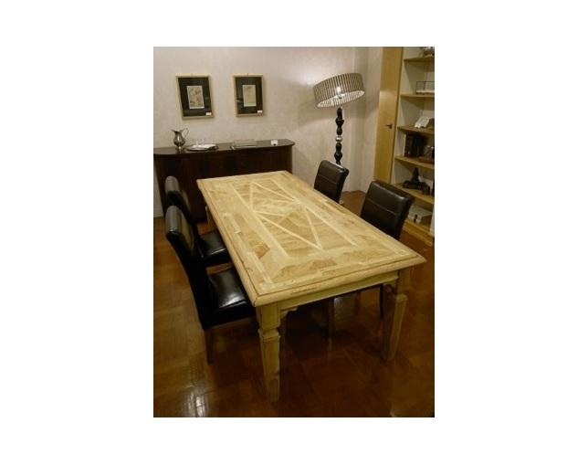 MARCHETTI(マルケッティ)のダイニングテーブル