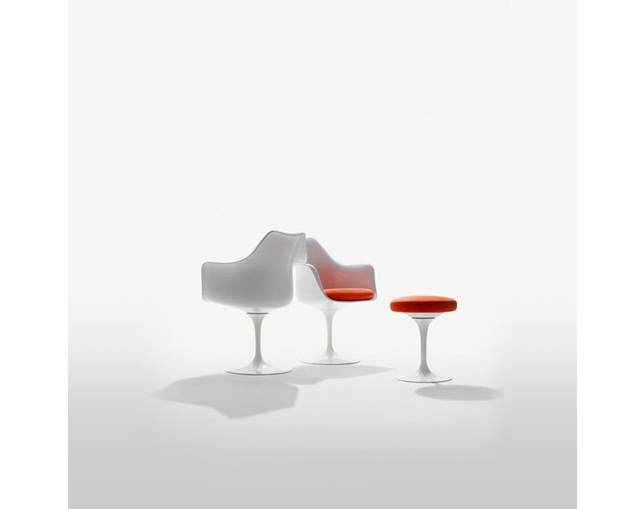 ノル(Knoll) Saarinen Collection Tulip Chairs - Stoolの写真