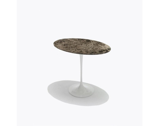 ノル(Knoll) Saarinen Collection Low Tablesの写真